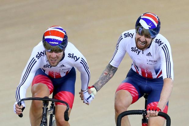 Wiggins y Cavendish ganando el oro en Río de Janeiro