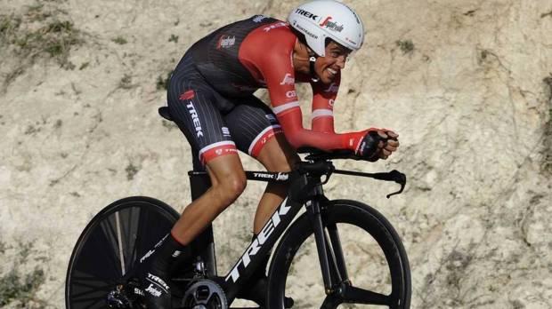 Contador durante la crono de la  Vuelta a Andalucia