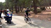 Alejandro Valverde atacando en la Vuelta a Murcia