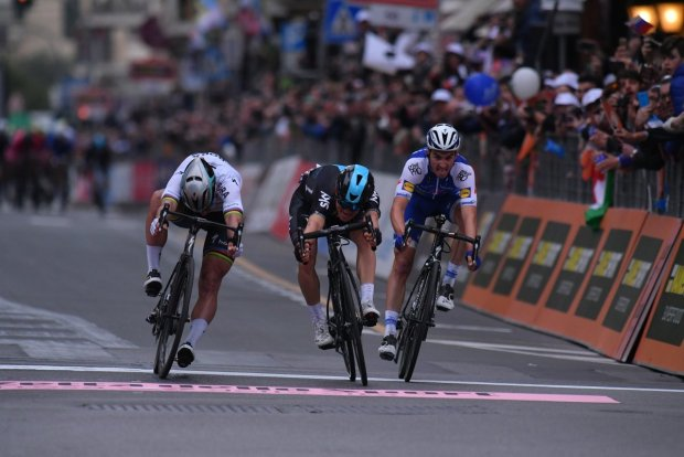 Kwiatkowski gana la Milán - San Remo